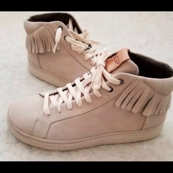 5bdf0b9ab9c $160 UGG Cali Leather Sneakers MENS 10-WOMENS 8